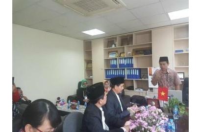 Văn Phòng Chứng Nhận Halal Tiếp  Đoàn Ủy ban Phát triển Cộng đồng Hồi giáo thuộc Hội đồng Ulema Indonesia và Lãnh dự quán Indonesia